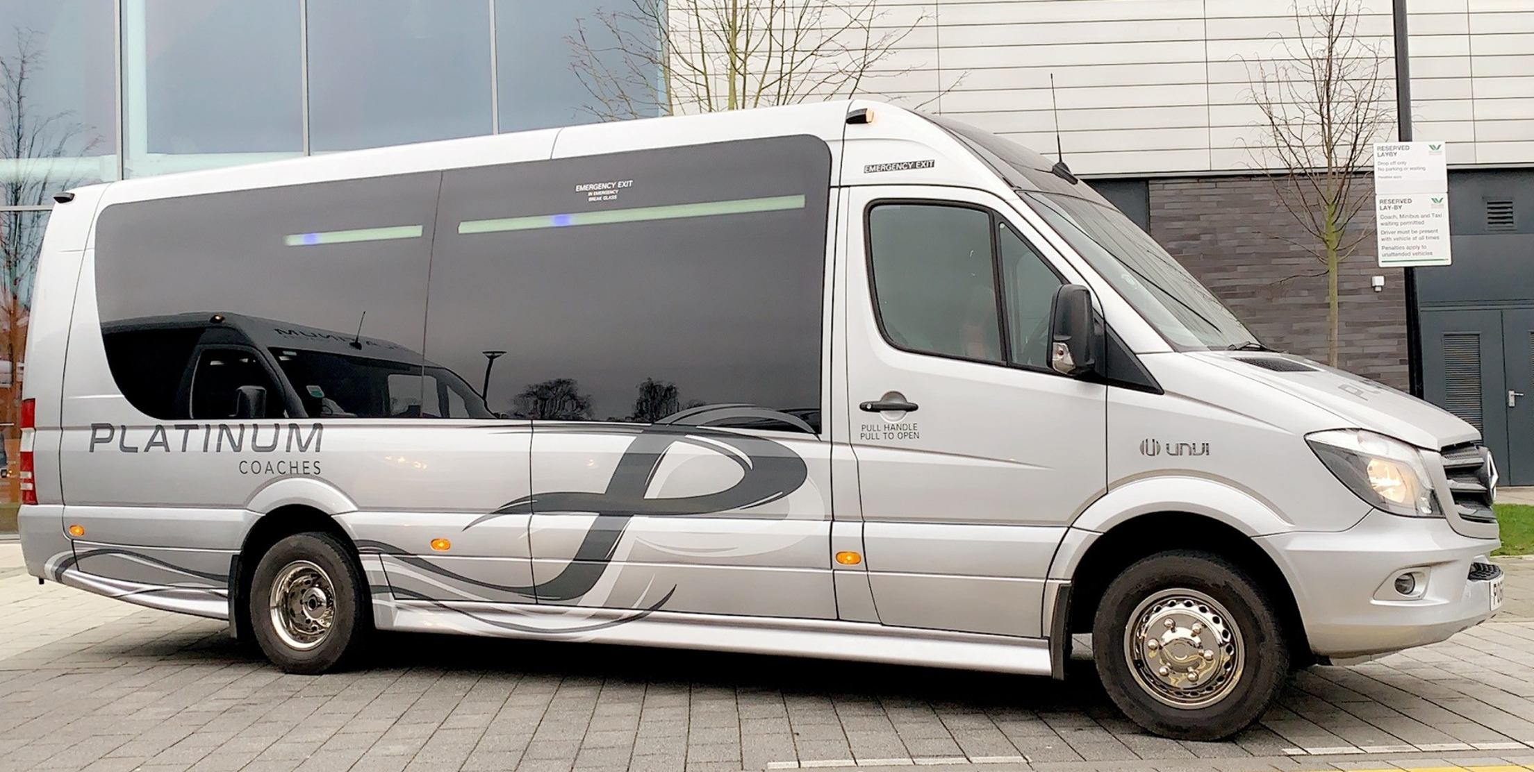 19 Seat Luxury Minibus